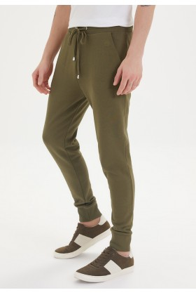 Westmark London - ESSENTIALS JOGGER in Dark Olive Jogger